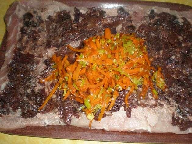 aadirverdura2 - ▷ Cinta de lomo rellena de Salsa de frutos secos en reducción de vino tinto  